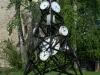 Uhrenturm im Garten des Künstlers Urs Heinrich